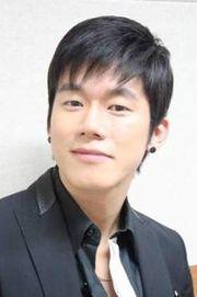 Biodata Kim Moo Yul Pemeran Kim Do Hyung