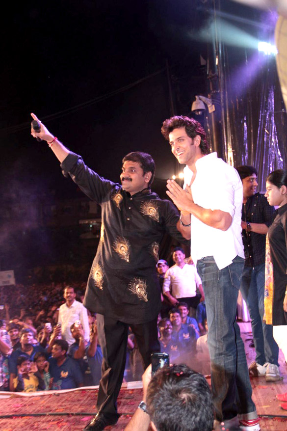 bollywood, tollywood, hot, Hrithik, Emraan, Akshay, and, others, at, Shree, Sankalp, Pratishthan, Dahi, Handi, celebration
