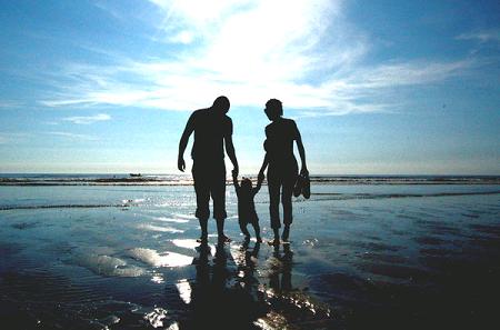 Mơ thấy bạn cũ & đi chơi với gia đình ở bờ biển