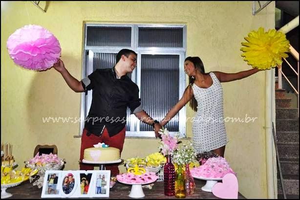 festa de noivado rosa e amarelo