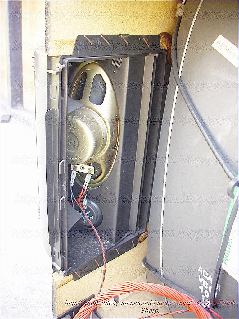 Obsolete Technology Tellye !: HITACHI MODEL CPT2550 CHASSIS SALORA ...