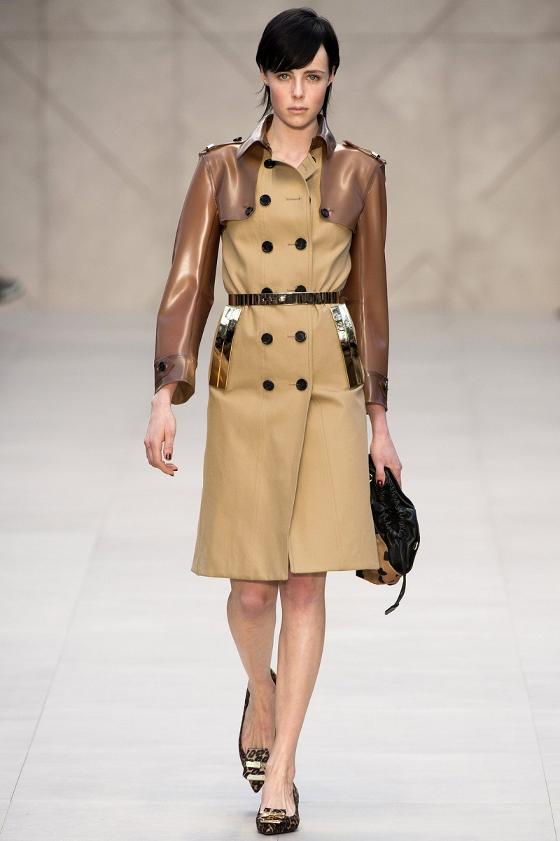 Burberry, London Fashion Week, Christopher Bailey, Trench Kisses, F/W 2013/14, heart motif, animal print, trench coat