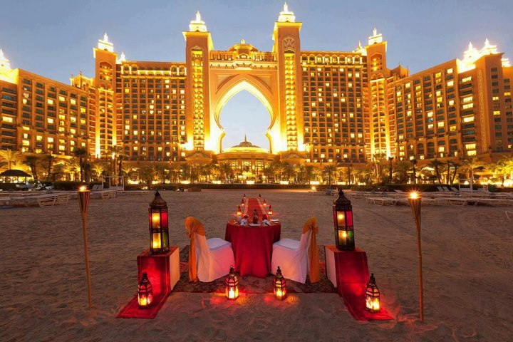 Lush fab glam blogazine destination romance 5 fabulous for Best hotels in dubai for honeymoon