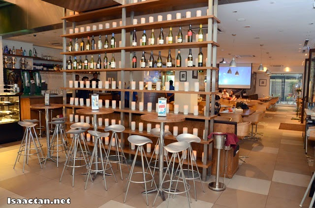 Blu Med Restaurant & Bar @ The Gardens Mid Valley