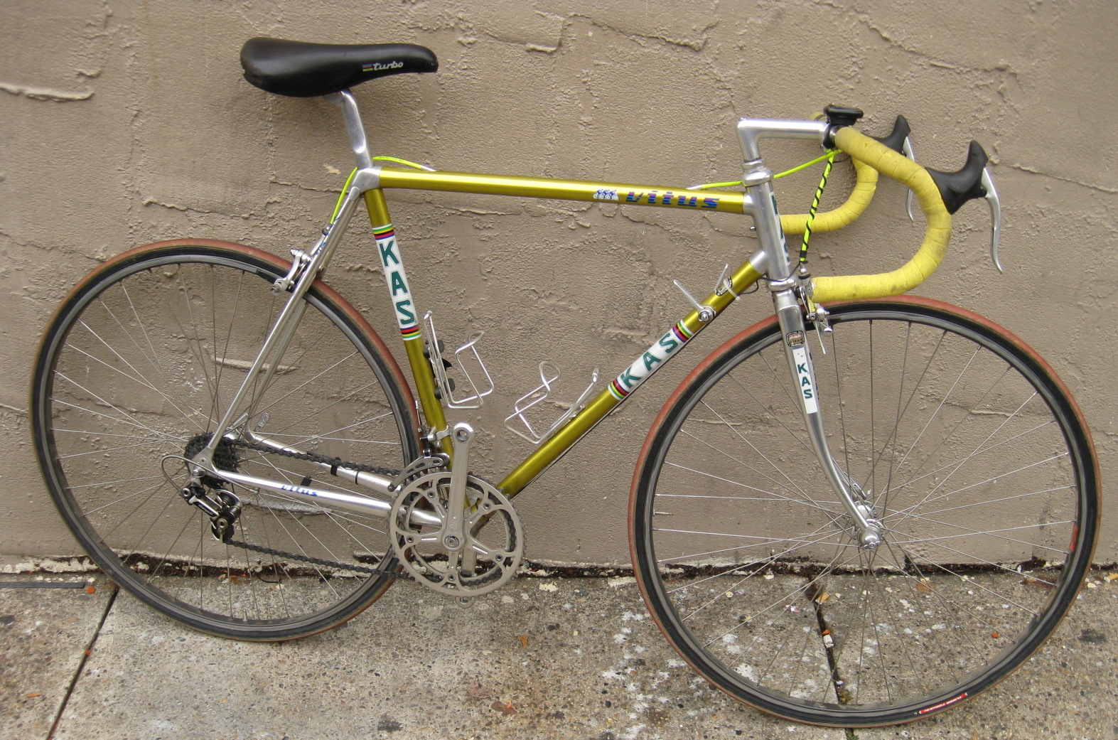 Bikeville thoughts: Sold 54cm KAS Vitus road bike