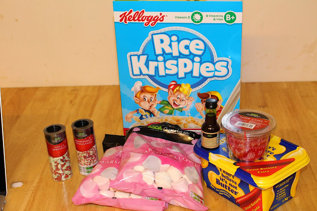 ingredients for shoutjohn christmas marshmallow cupcakes