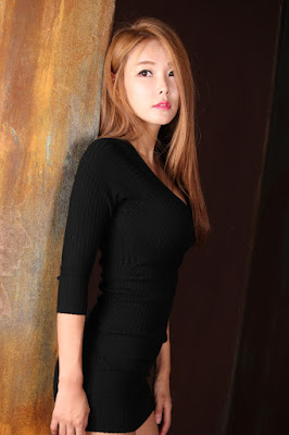 Lee Da Hee Beauty in Black