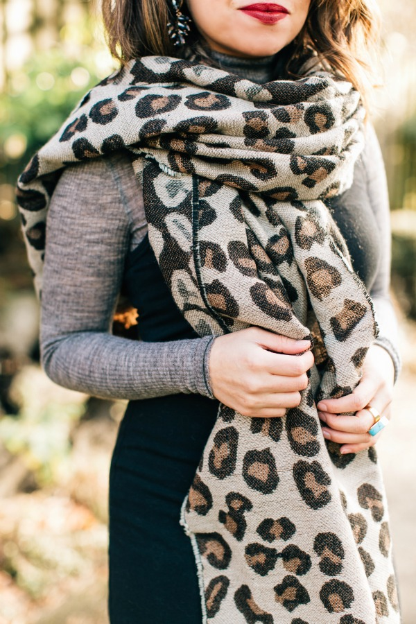 How To Wear A Leopard Print Blanket Scarf Alixrose
