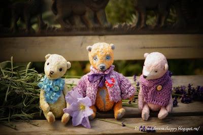 teddy bears by Mushroom House
