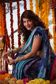 Shruti Haasan Stills from Balupu Movie-thumbnail-19