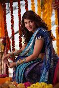 Shruti Haasan Stills from Balupu Movie-thumbnail-19