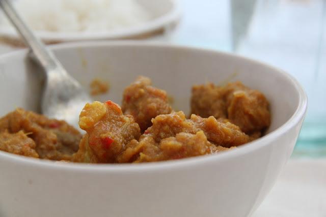 Birmańskie curry z wieprzowiną