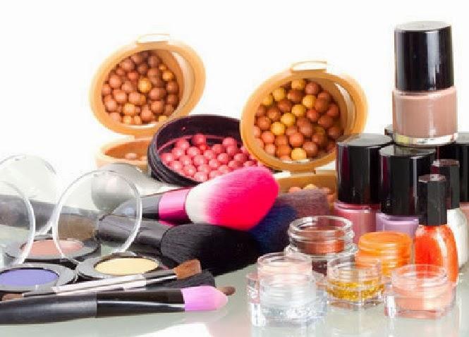 Tips agar terhindar dari zat kimia berbahaya dalam kosmetik