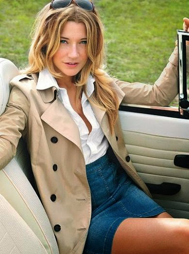Sarah  Roemer  sexy and hot photos, Sarah  Roemer  short dress photos, Sarah  Roemer  in car wallpaper, Sarah  Roemer  photoshot photos