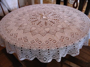 2nd round tablecloth made. Finished in 2009.  From Elizabeth Hiddleson book 14