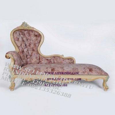 jual mebel jepara sofa classic eropa cat duco mewah sofa santai model perancis Jual mebel jepara mebel ukir jepara Mebel asli jepara sofa jati ukir mebel jati ukiran jepara SFTM-55244