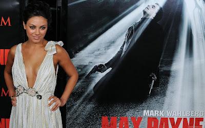 Famous Actress Mila Kunis Wallpaper