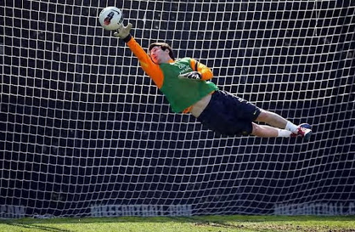 Lionel Messi plays as goalkeeper