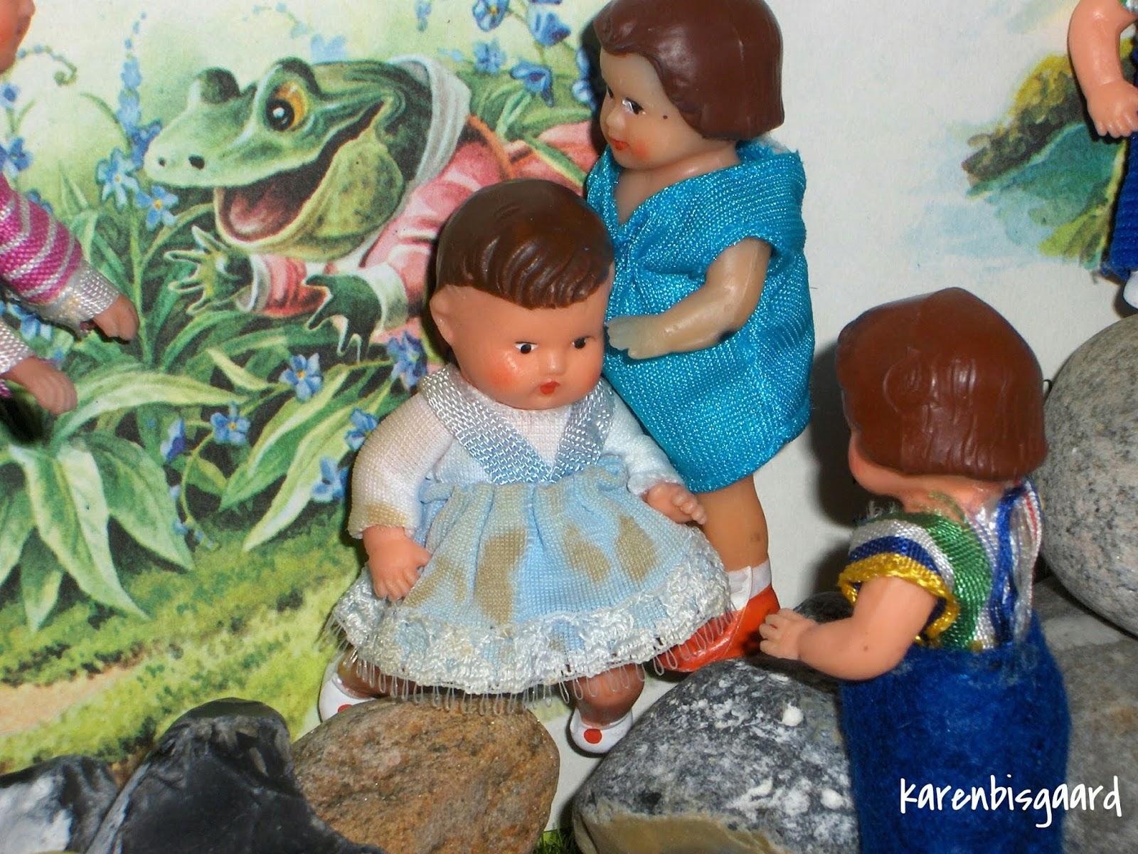 Karen`s Vintage Dolls Photography.