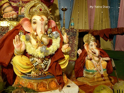 Small idols of Lord Ganesha in Ganpati pandals