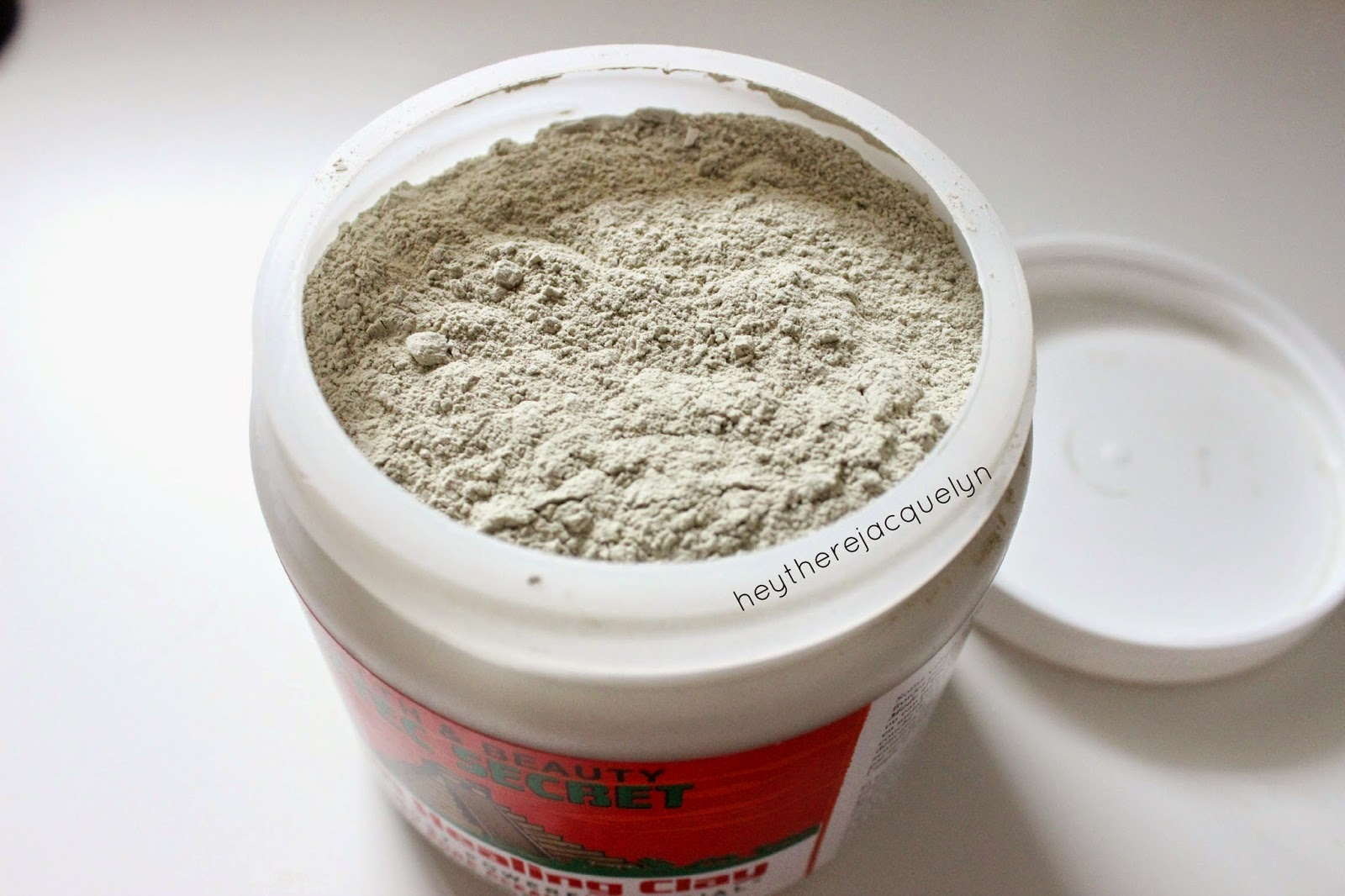 Aztec Secret Indian Healing Clay will keep pores tight picture