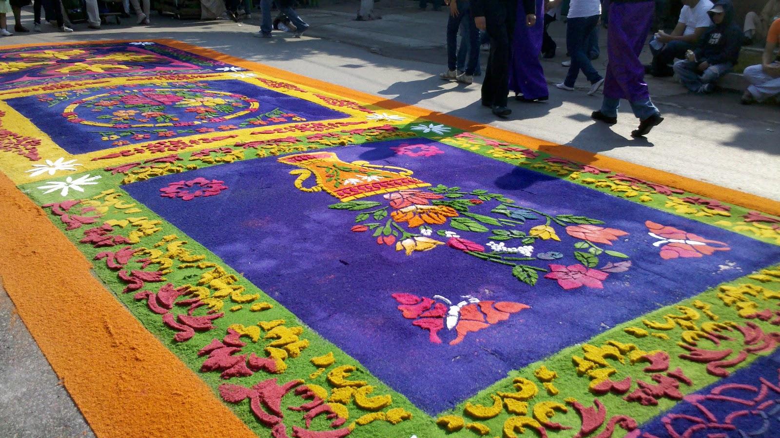 Semana santa en guatemala octubre 2012 for De que estan hechas las alfombras