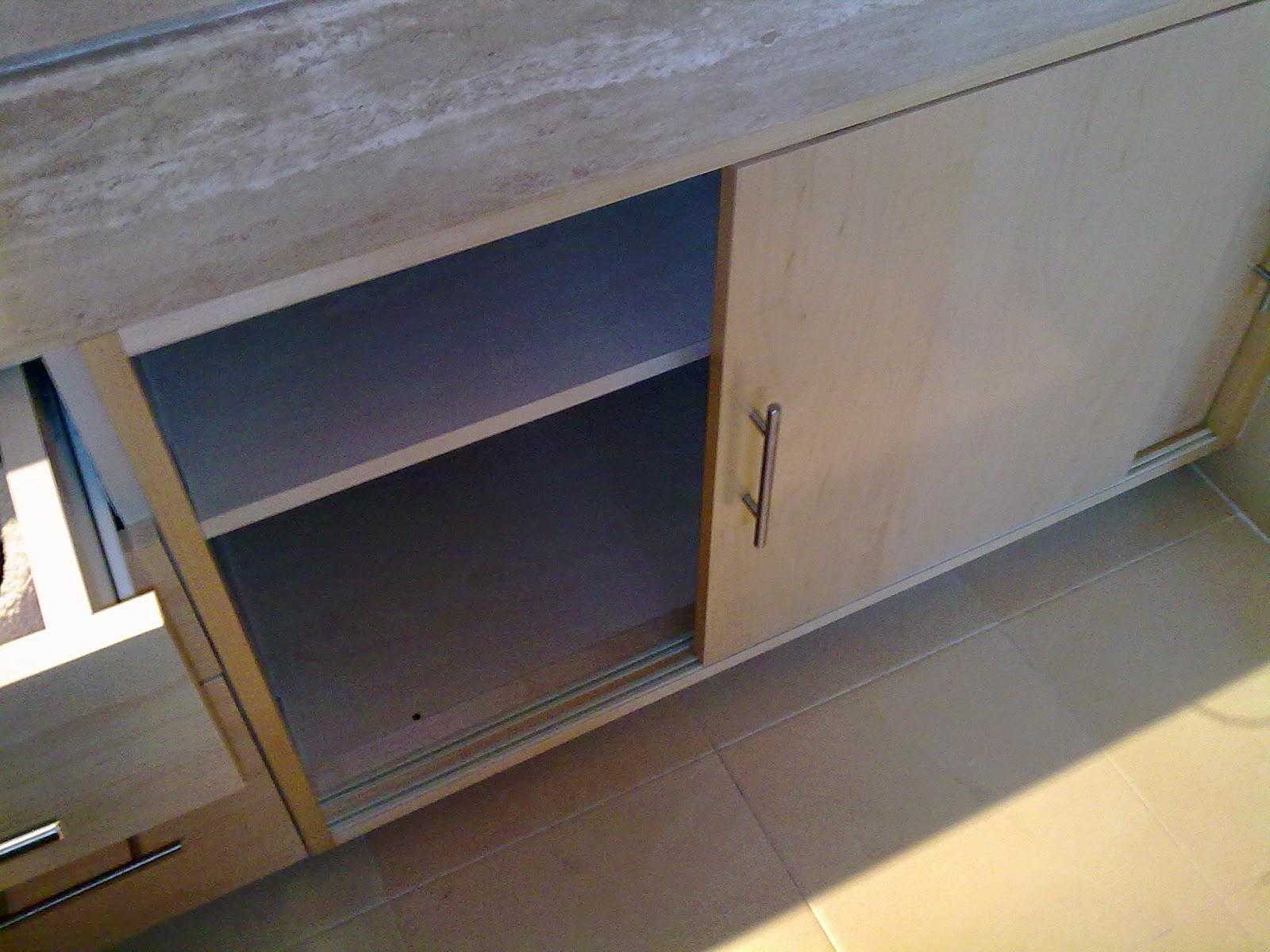 Muebles baño bajo encimera a medida : Librer?as a medida en madrid muebles de madera fabritecma