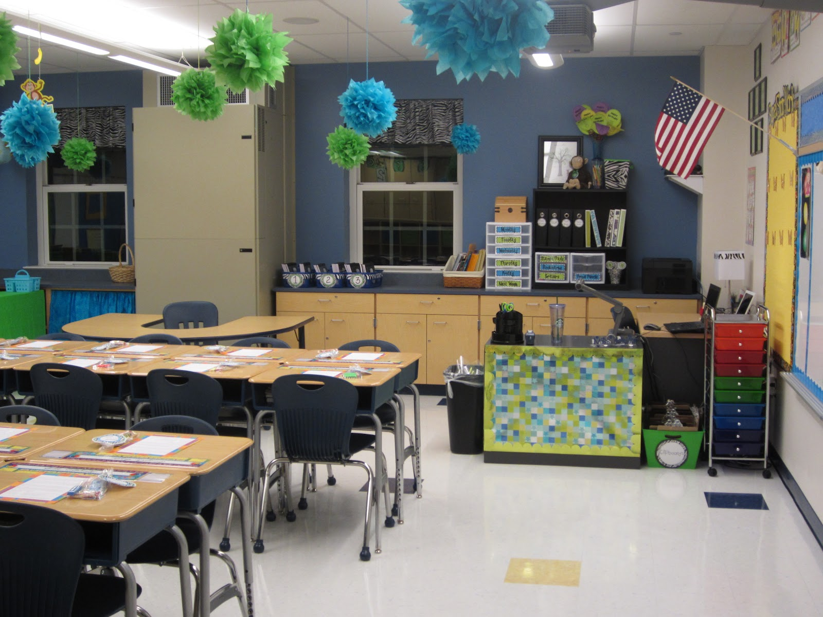 Creative Classroom Idea ~ The creative chalkboard classroom tour pictures galore
