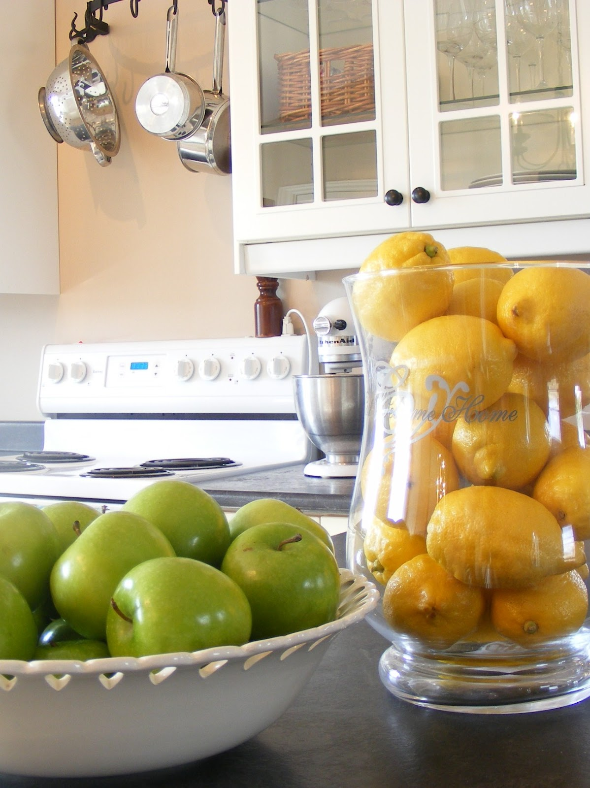 The complete guide to imperfect homemaking 10 tips for for Apples decoration