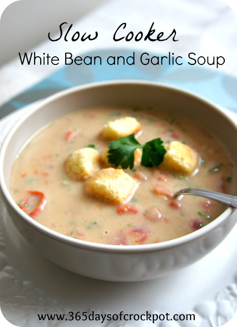 Crock Pot White Bean and Garlic Soup #meatlessmonday #crockpot #soup
