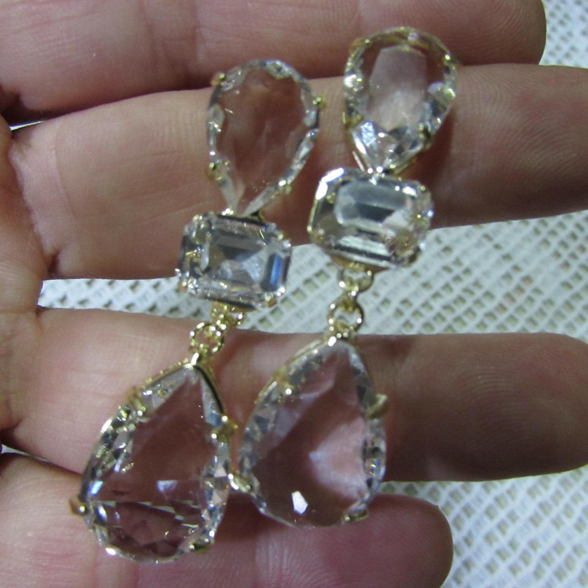 Brincos pulseiras e anéis para noivas
