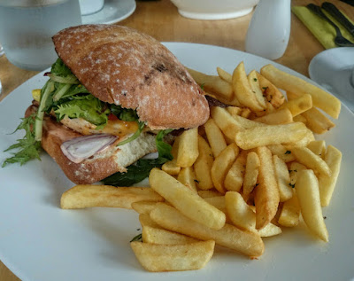 gourmet chicken bap, with real french-fries / chips