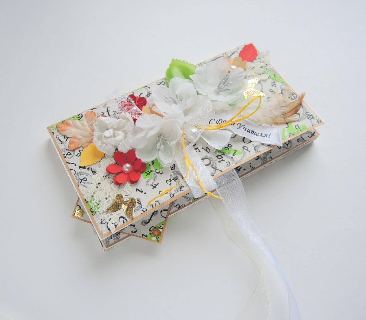 Как упаковать в подарок шоколадку своими руками 13