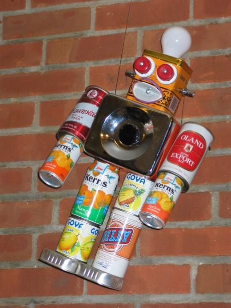 The art of up cycling make a robot be inspired for Things to make out of recycled stuff