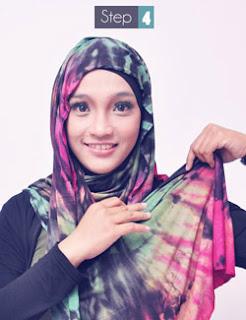 Cara Memakai Hijab dengan Pashmina warna warni