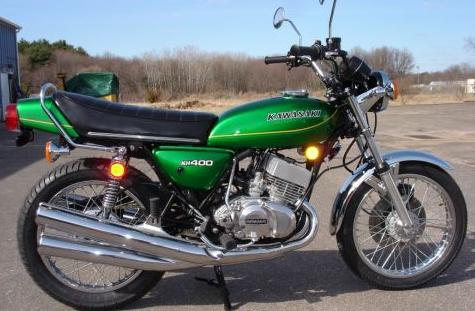 Motor Klasik Kawasaki KH400