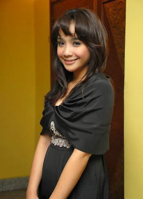 Profil dan Foto Nagita Slavina