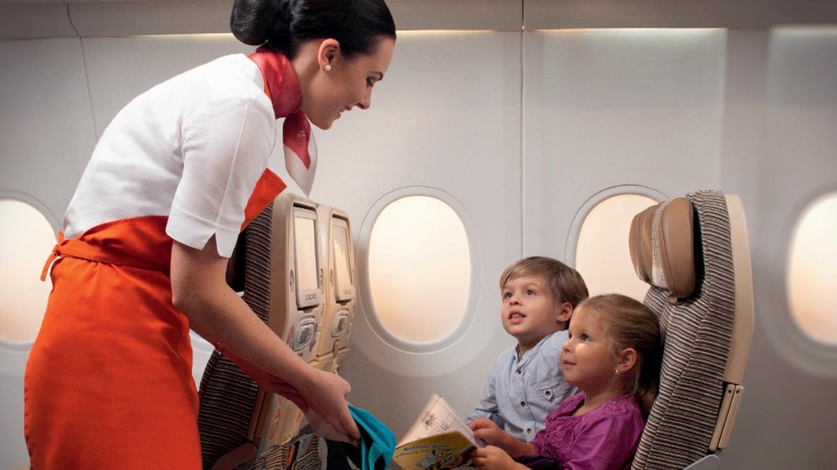 Дарит ли аэрофлот детям подарки