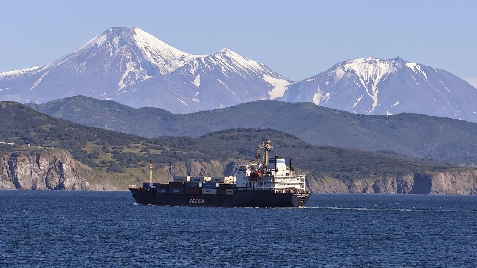 PV Trans tuyển dụng liên tục cho thuyền bộ 6 tàu container của Chủ tàu Châu Âu