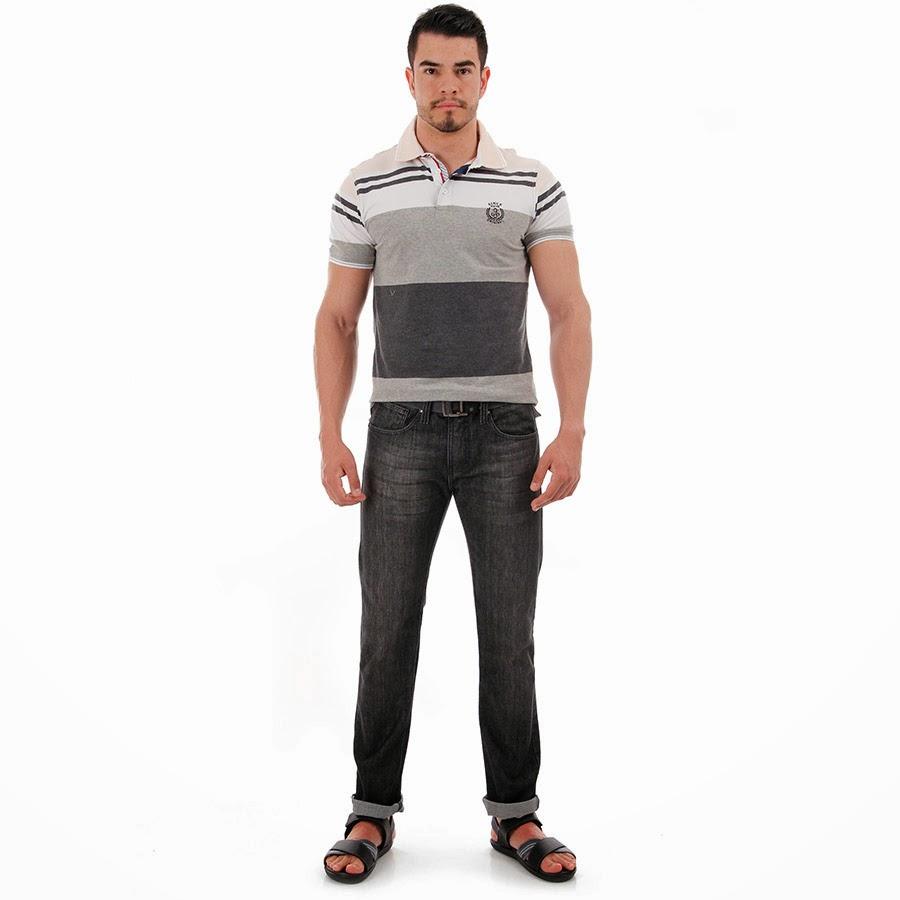 Homem usando sandália masculina Cartago - Pés Masculinos - Fetiche por pés de homem - Male foot fetish