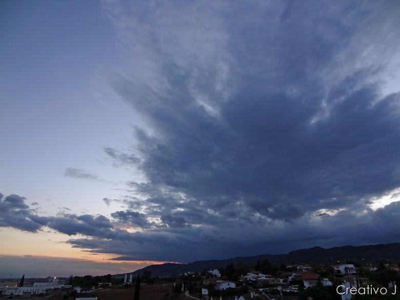 Parque asomadillas cordoba españa nubes anochecer crepusculo