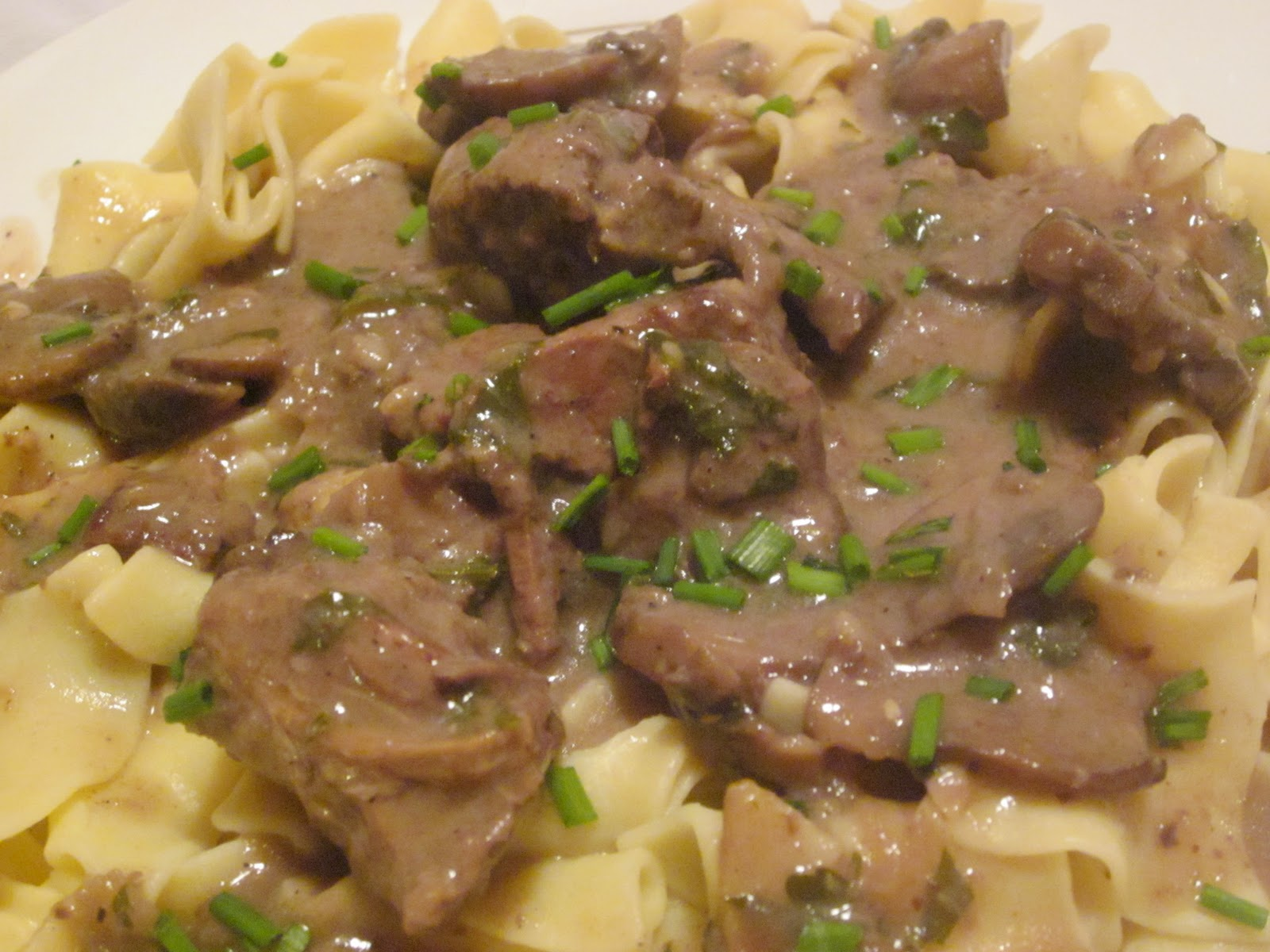 Hearty yet Healthy Beef Stroganoff