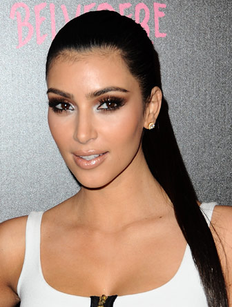 Kardashian Hairstyle on Kim Kardashian Hairstyle 2011   Hot Kim Kardashian Layered Hairstyles