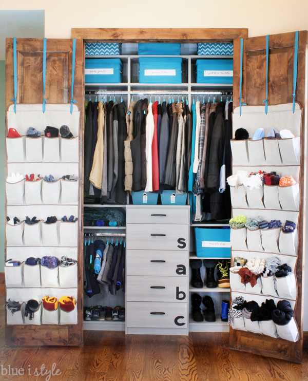 Organizing Closet Space organizing with style} organized coat closet makeover | blue i style