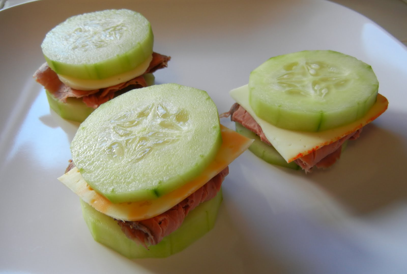 """Shelly's Roast Beef & Cheese Cucumber """"Sandwiches"""""""