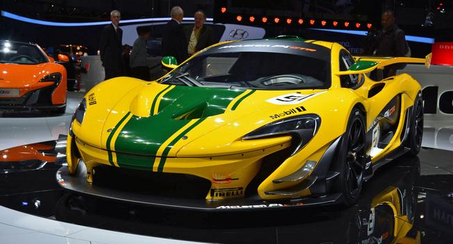 super cars aston marti vulcan vs laferrari fxx k vs