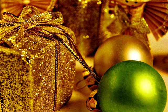Christmas Decoration Wallpapers Free Download
