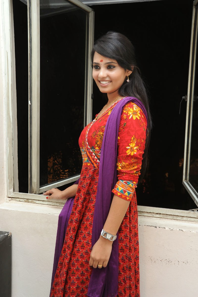 Aarushi Latest Glam Photo shoot-HQ-Photo-2