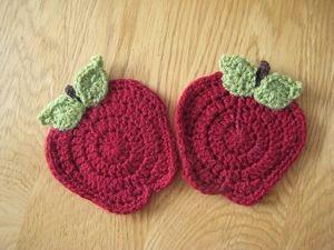 http://lallylou-lou.blogspot.co.uk/2010/10/apples-from-teacher.html?m=1