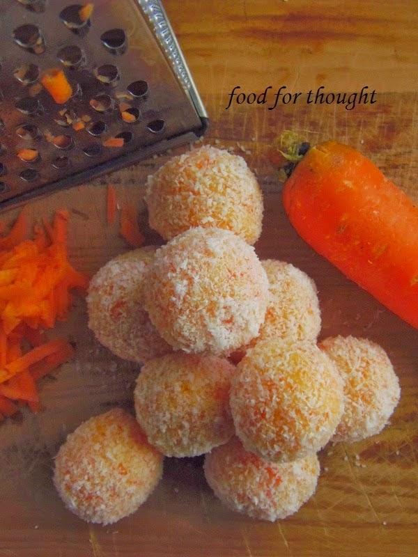Τρουφάκια καρότο - καρύδα